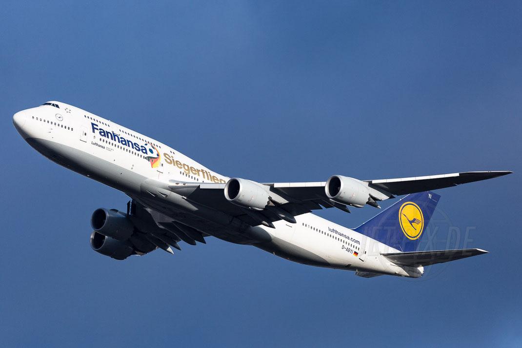 D-ABYI Lufthansa Fanhansa-Siegerflieger Boeing 747-800 2017 12 12 EDDF Frankfurt