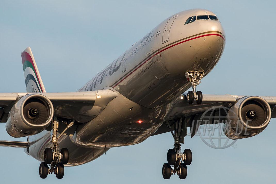 A6-AFF Etihad Airbus A330 EDDF Frankfurt  Nordwestbahn Landen Landung Spotting Parken Ticona Leiter Morgens tolles Wetter