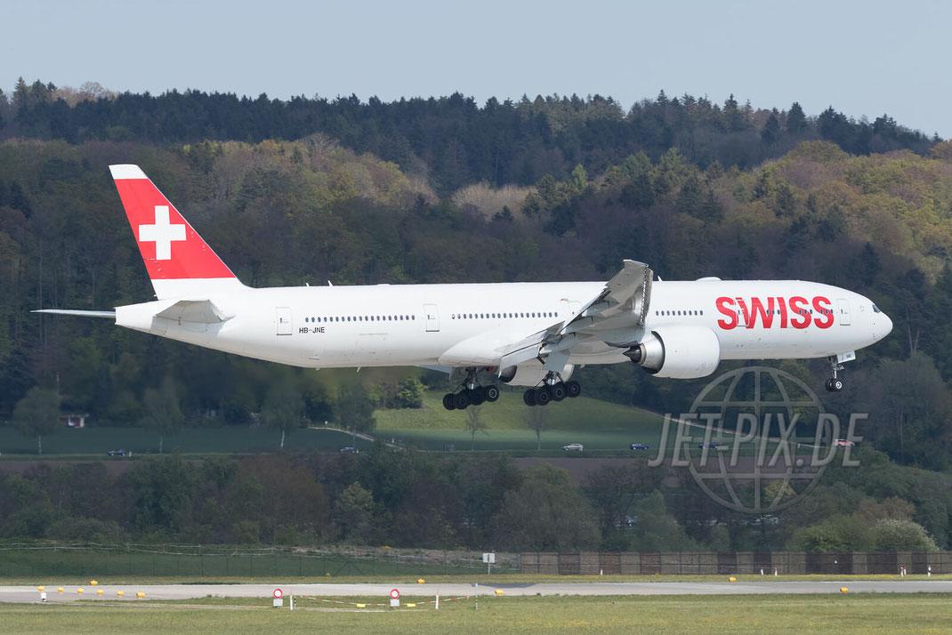 HB-JNE Swiss Boeing 777-300