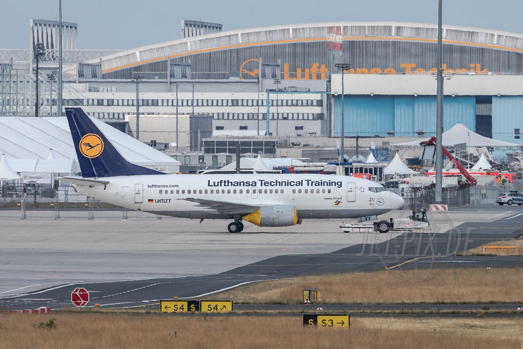 "LHTLTT aka. D-ABJI Lufthansa Technical Training Boeing 737-520 2017 06 24 EDDF Frankfurt ""Tag der Luftfahrt"""