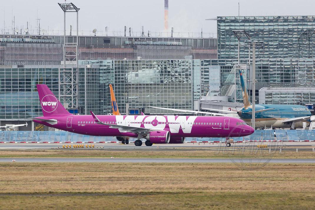 TF-SKY WOW-Air Airbus A321-253N 2017 12 31 EDDF Frankfurt