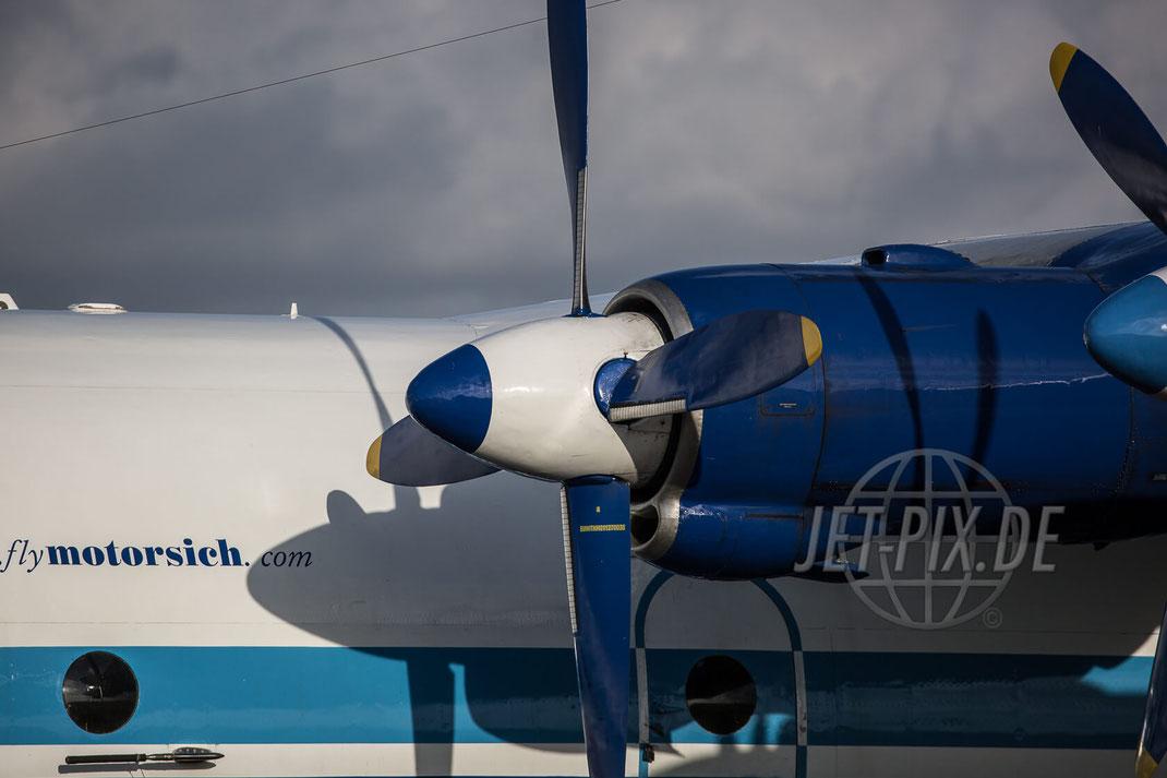 UR-11819 Motor Sich AN-12 2017 07 12 Ostende (EBOS) Propeller