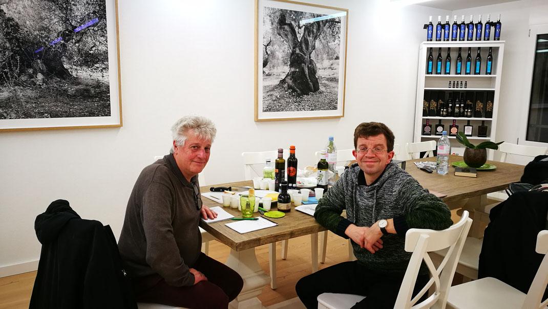 Conrad Bölicke und Christoph Sippel von arteFakt Olivenölkampagne bei evoo in Sempach Station