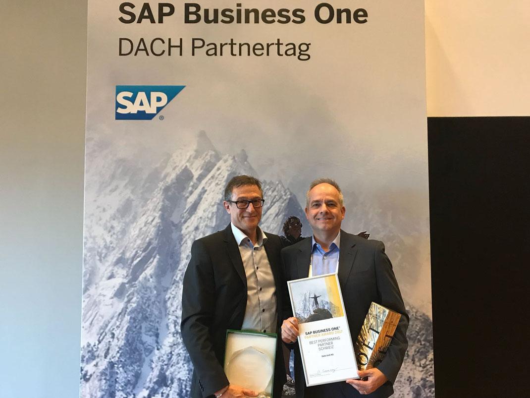 Erneut siegreich mit SAP: Roger Wipfli und Philipp Rügländer von der Surseer Data Unit