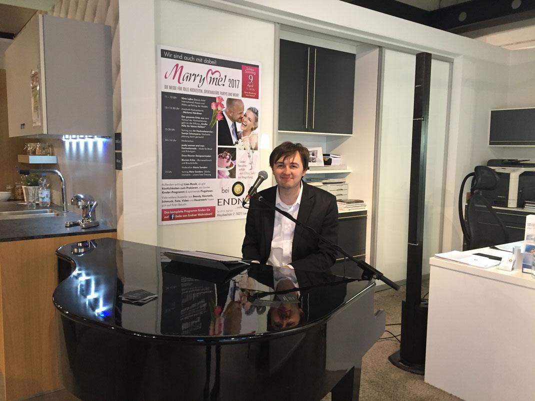 Pianist für den Stuttgarter Raum