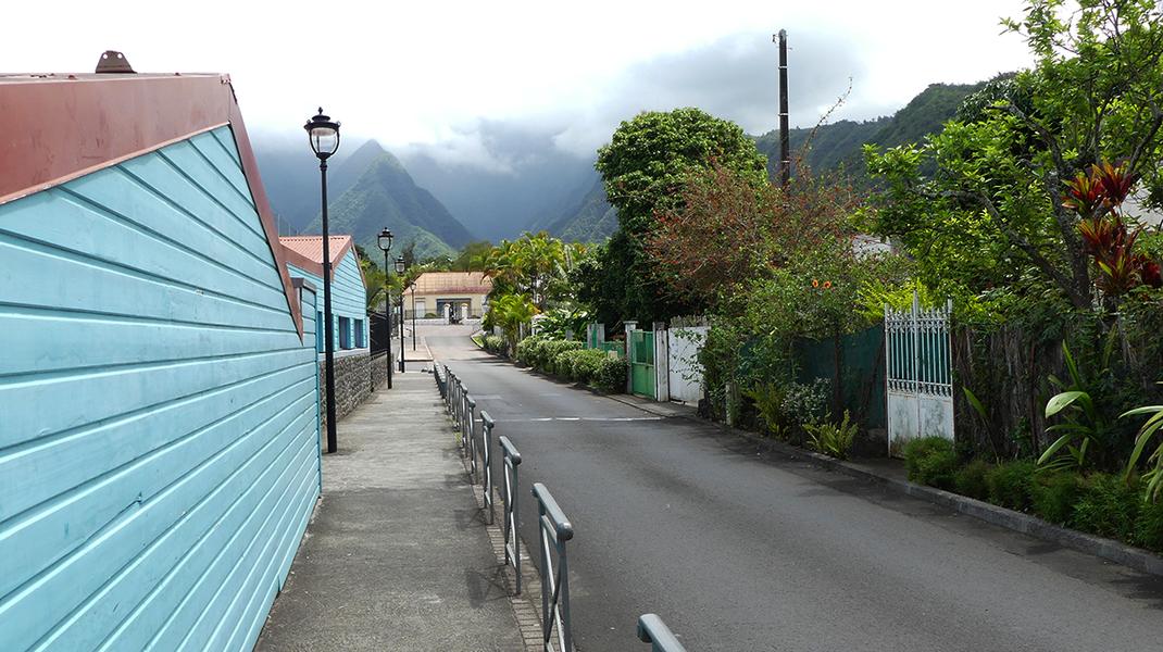 Visiter le joli village de L'Entre-d'eux