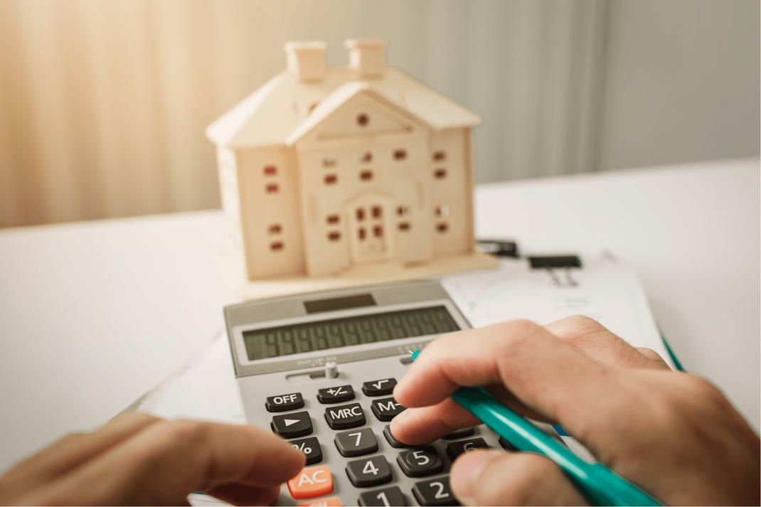 ¿Qué son las propiedades adjudicados?