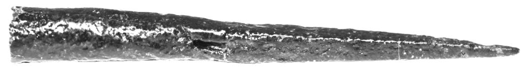 Vierkantige Nadelpfeilspitze aus Ungarn.