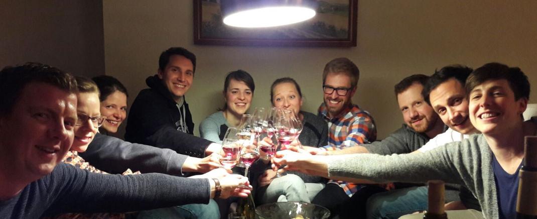 Die Wohnzimmerweinprobe bei Ihnen zu hause ist ein informatives Weinerlebnis in gewohnter Umgebung.