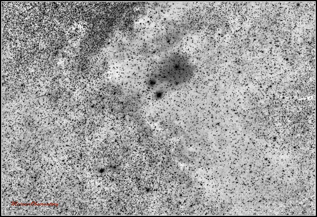 IC 1284, IC 1283, Sh-2 37, VdB 118, NGC6590 und NGC 6595 - invertierte Aufnahme - MeixnerObservatory