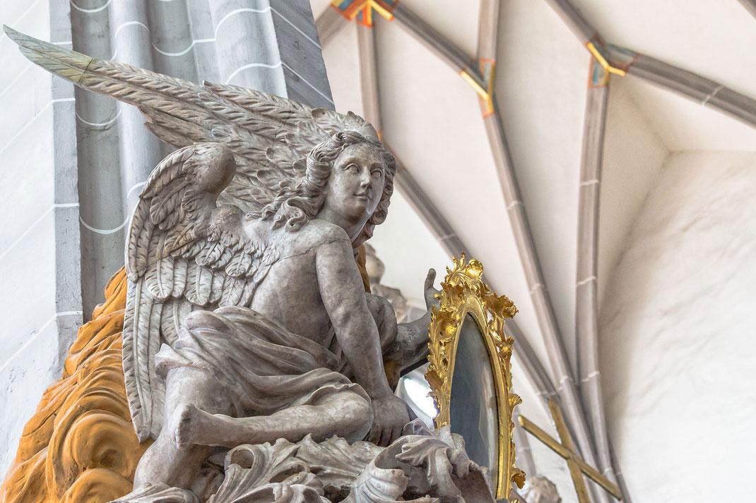 engelsfigur-peterskirche-goerlitz