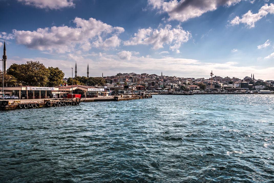 Fähranlegestelle im Stadtteil Üsküdar in Istanbul