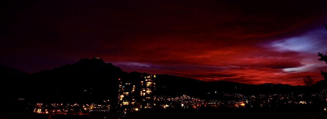 #Pilatus#Luzern#Abendrot#Sonnenuntergang#Hochhäuser Allmend Luzern