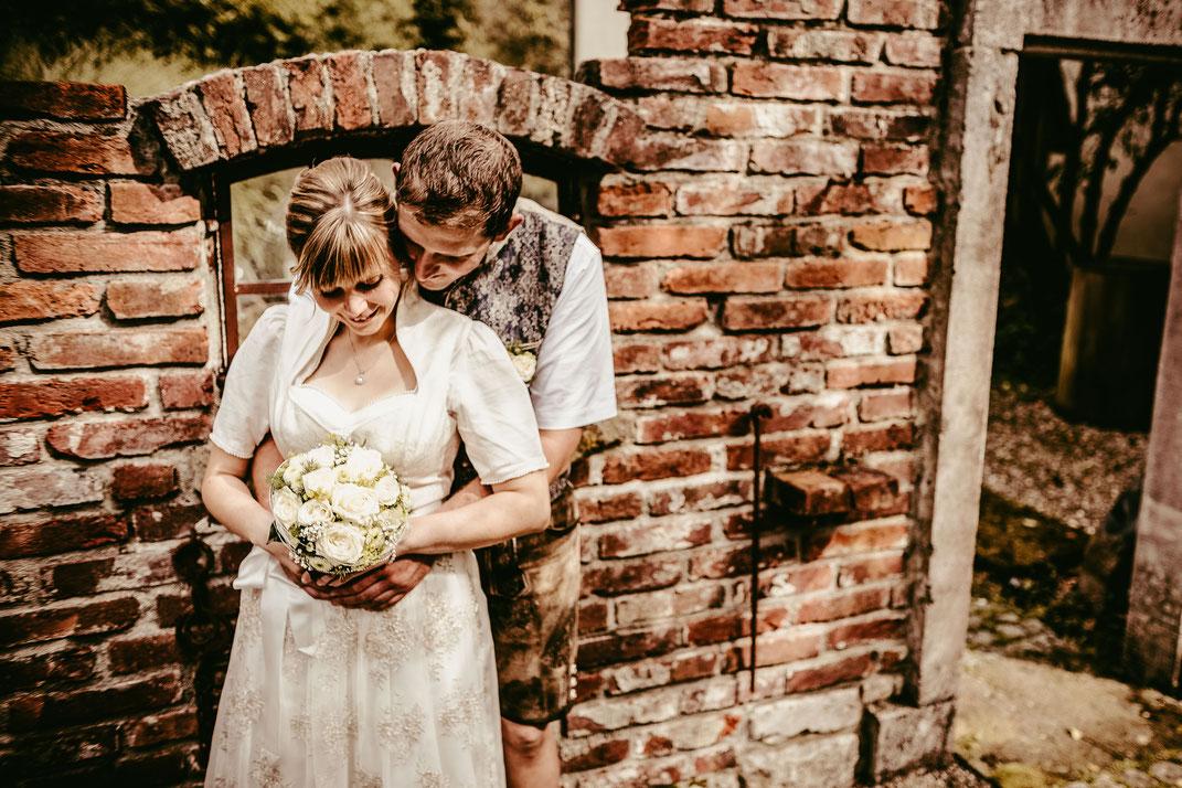 Antikwerk, Gut Glaserhof, Hochzeitsfotografin, Hochzeitsfotos, Hochzeitsportraits, Freie Trauung, Trauung, Hochzeitsinspiration, Photographie by Romina, Lets make memories by Romina