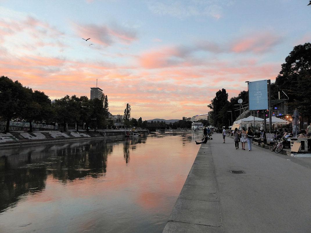 Das alternative Wien entlang des Wiener Donaukanals.