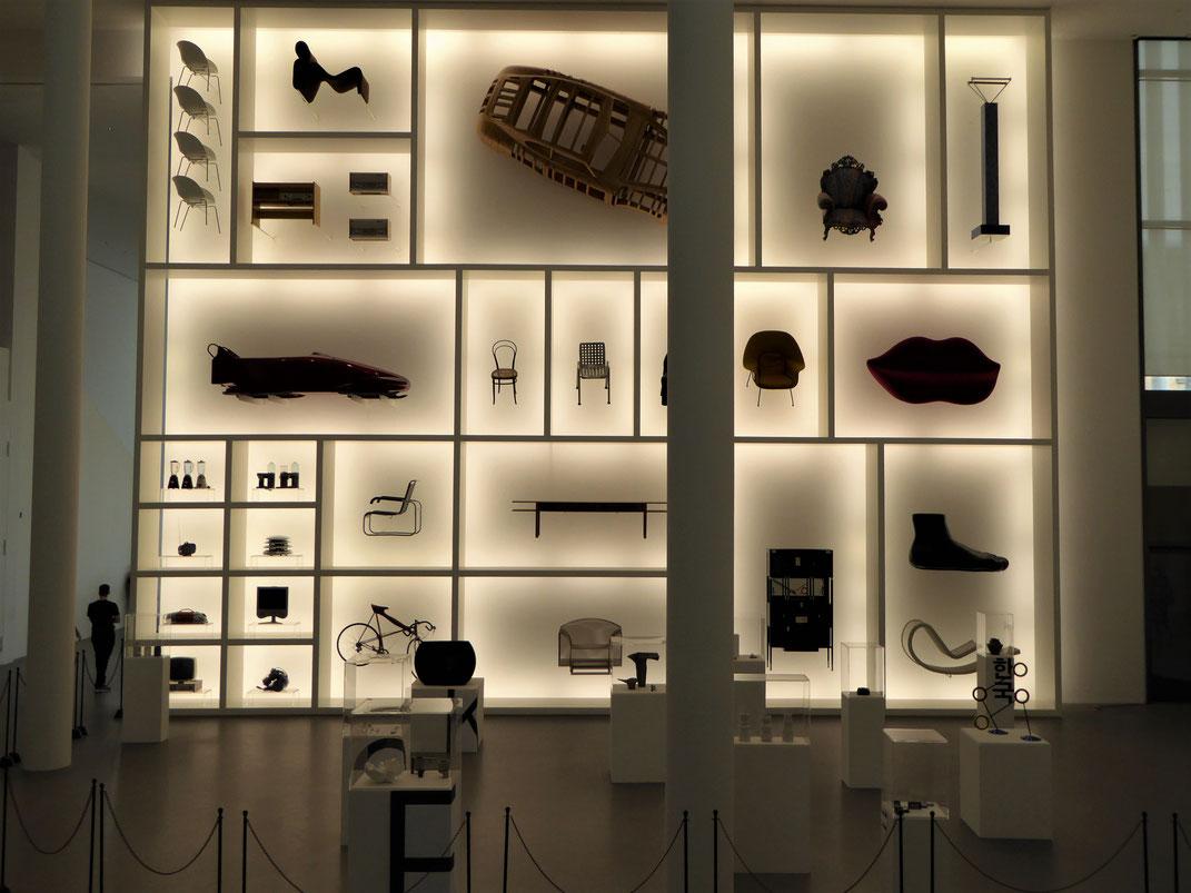 Die Pinakothek der Moderne in München könnt ihr sonntags für nur einen Euro Eintritt erobern.