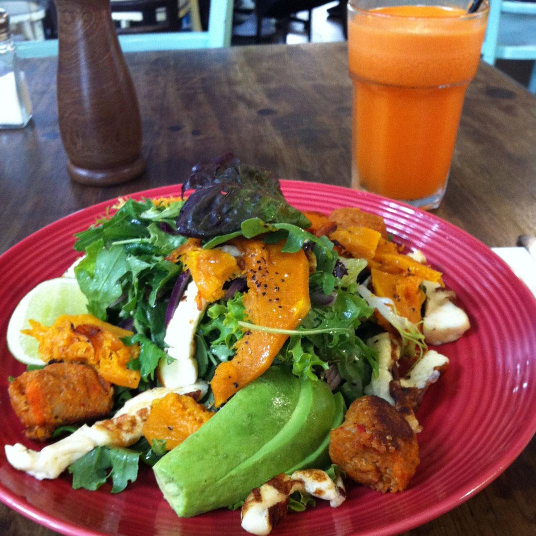 Essen im Barn Doors Café, Sydney