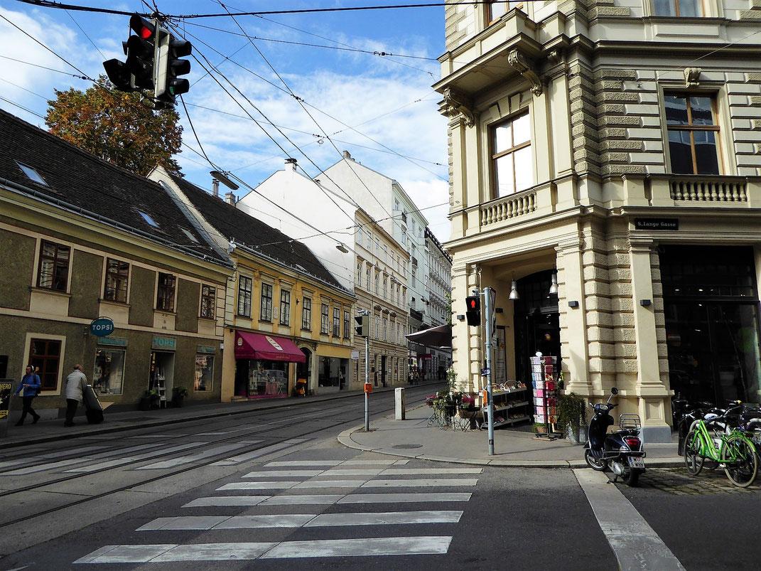 Mitten in der Wiener Josefstadt. Ein cooles Viertel zum Schlendern.