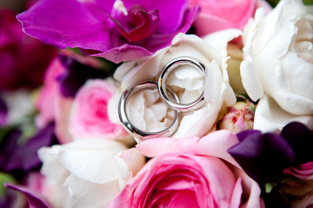 Hamburger Rederei, Hochzeitsrednerin, Ringtausch, Blumen Graaf, Blumendekoration, Hochzeitsdekoration