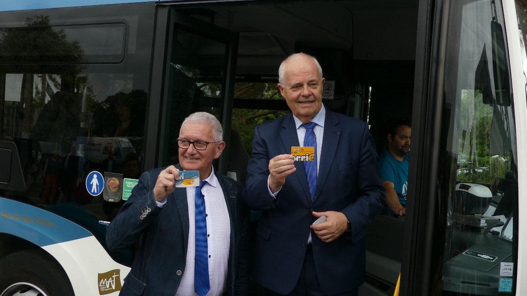 Gérard Lahellec, vice-président de la Région Bretagne en charge des Transports et Claude Renoult, président de Saint-Malo Agglomération lors de l'inauguration du réseau MAT et du système billettique malouin le 1er juin 2018.