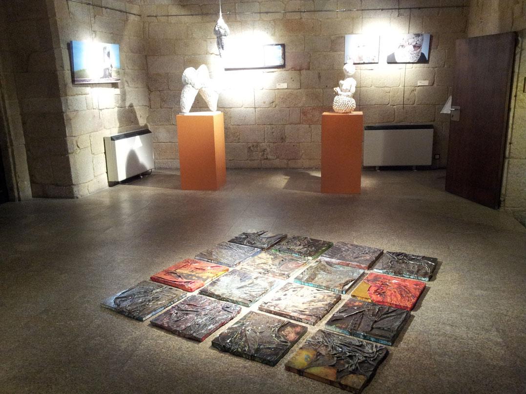 ...mit Kunstausstellungen.