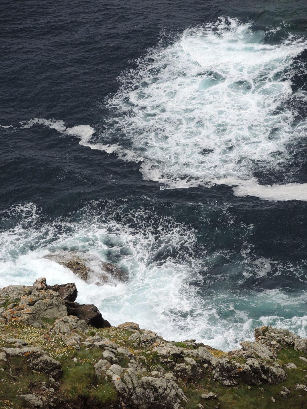 Finisterre liegt an der gefährliche Costa del Muerte.