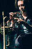 Dominik Fuss mit Trompete und Flügelhorn für Live Band in Wien / Niederösterreich Glossy Trotzki
