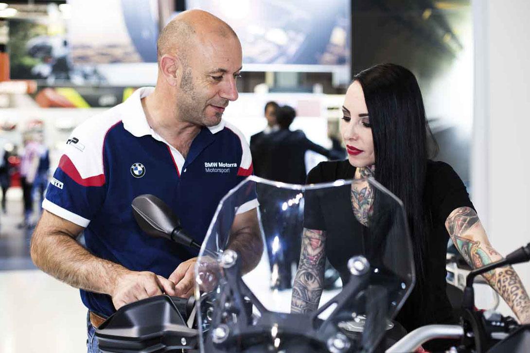 Becker-Tiemann Motorrad bietet Ausbildungsplätze zum Automobilkaufmann (m/w/d) in Lage, Einbeck und Paderborn