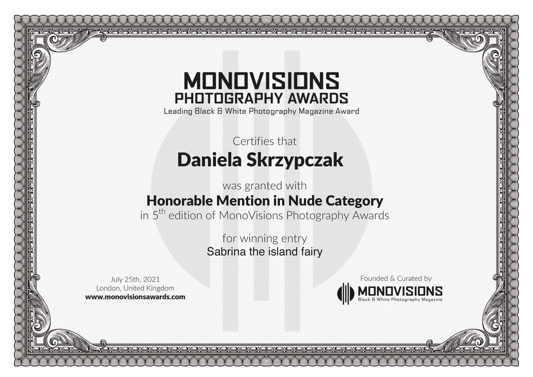 Monovisions Photography Awards - Honorable Mention(Professional)