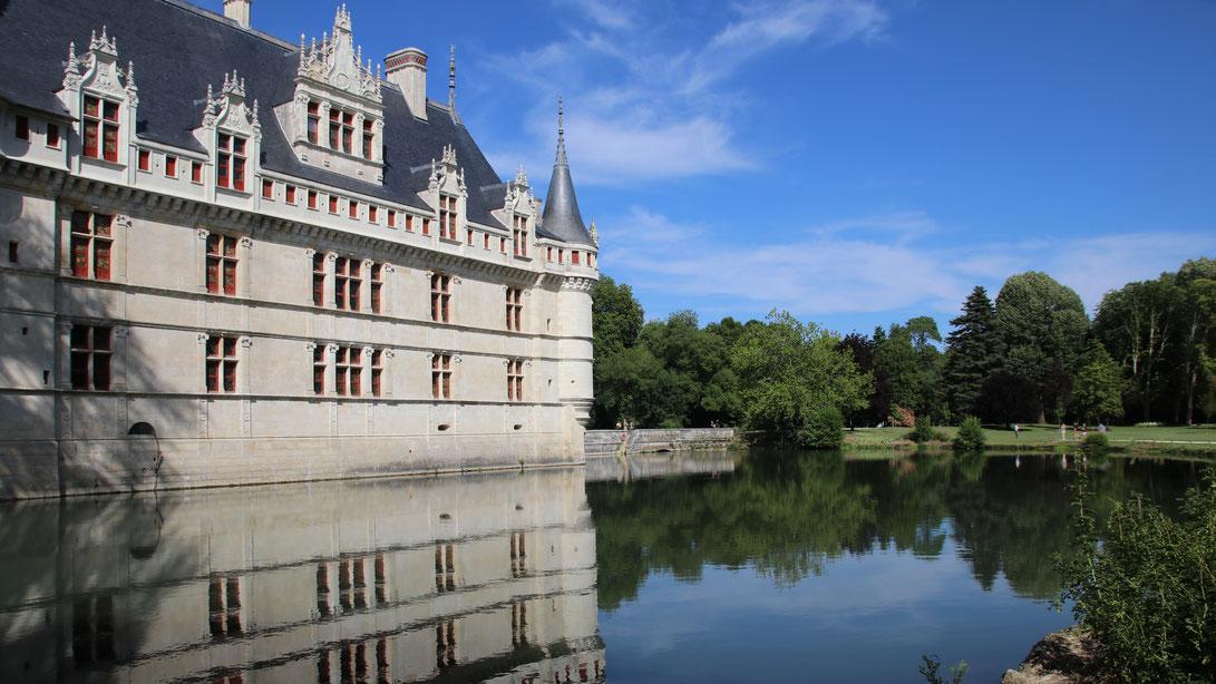 Le château d\'Azay-le-Rideau, plus étincelant que jamais! - TOURAINE ...
