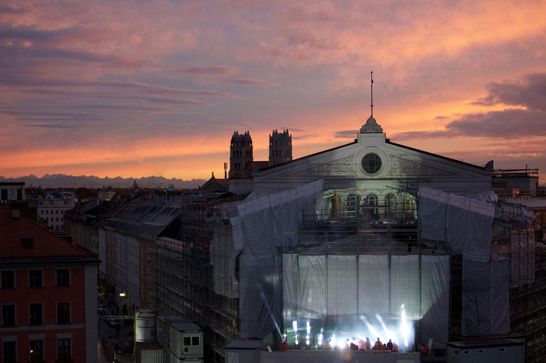 150 Jahre Gärtnerplatztheater  Feierlichkeiten, Premieren, Ausstellungseröffnung vom 4. November 2015 bis 15. Januar 2016  19. Oktober 2015  Das Gärtnerplatztheater wird am 4. November 150 Jahre alt. Staatsintendant Josef E. Köpplinger und sein Team laden