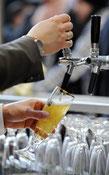 Millionen-Bußgelder gegen Brauereien - Illegale Preisabsprachen bei Fassbier und Flaschenbier - Betroffen sind Bitburger, Krombacher, Veltins, Warsteiner und Barre