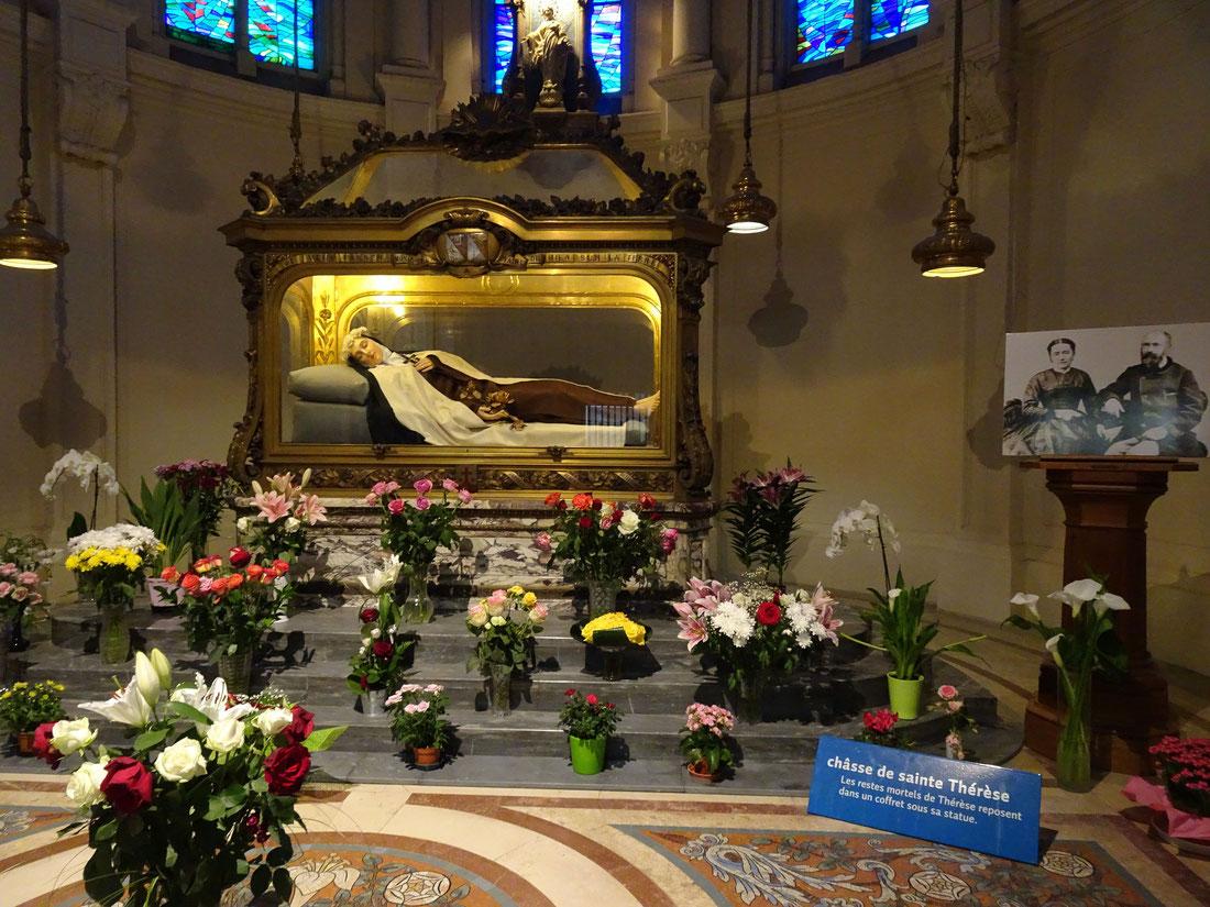 La châsse de Sainte Thérèse au carmel de Lisieux