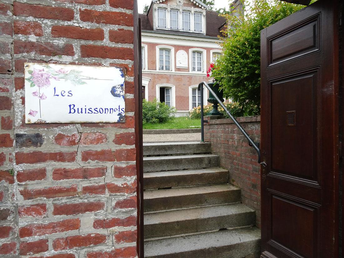 Marie Françoise Thérèse a vécu aux Buissonnets de l'age de 4 ans 1/2 à l'âge de 15 ans