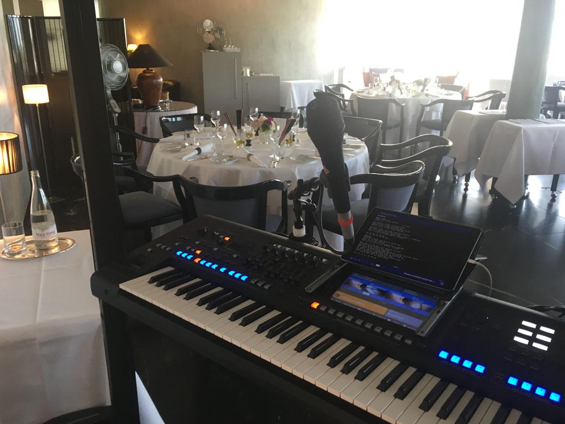 Dinnermusiker bei einer spontanen Geburtstagsfeier