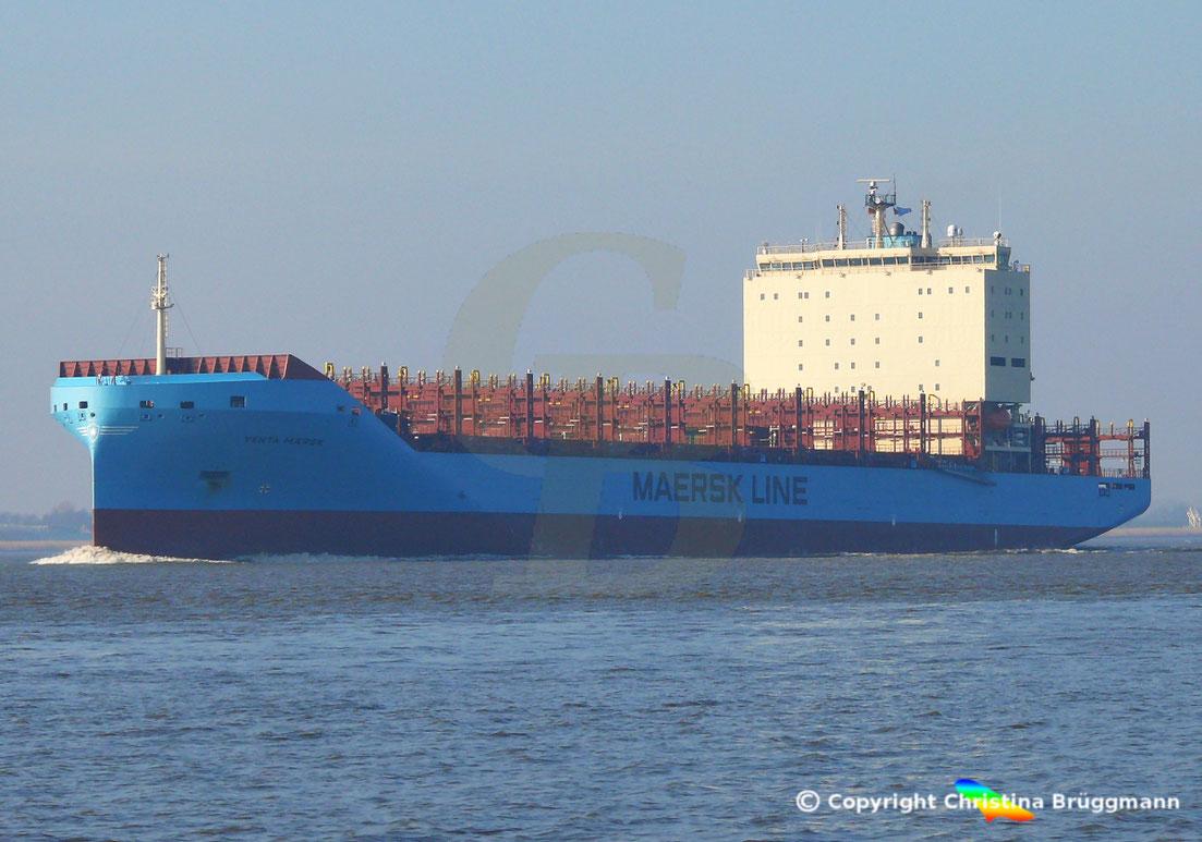 Feeder-Containerschiff VENTA MAERSK besucht erstmals den Hamburger Hafen, 14.02.2019