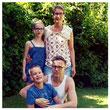 Familie Schmidt (Hanna, Miriam, Benedikt  & Gerald)