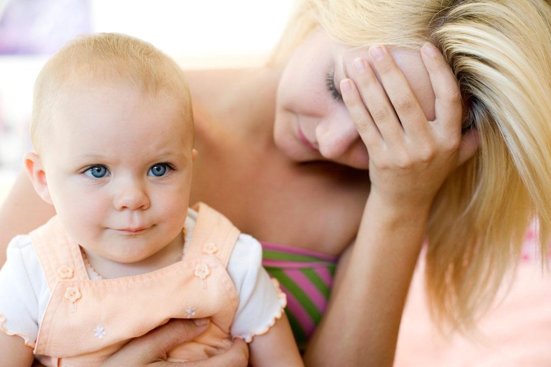 La donna dopo il parto si trova a vivere un momento di transizione emotivamente molto delicato in cui può provare sentimenti di inadeguatezza,