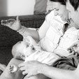 babyfotos-babyshooting-familienfotos-kinderfotograf-zuhause-duesseldorf