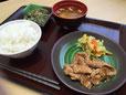 昼食(豚のしょうが焼き定食)