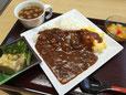 昼食(ハヤシライスとオニンスープ)