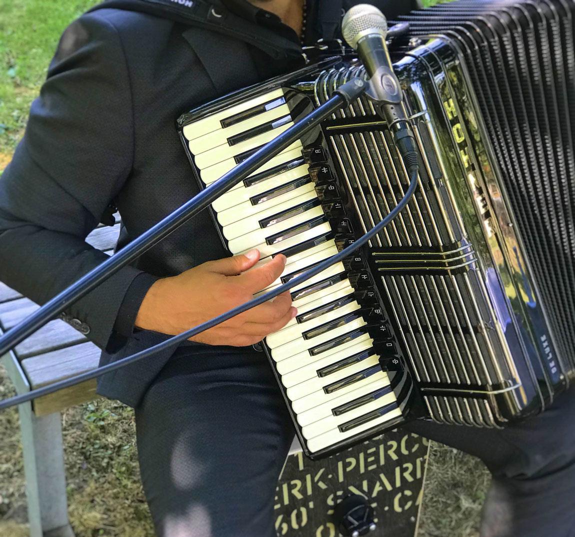 Der perfekte Sektempfang mit Live Musik zu Ihrer Feier