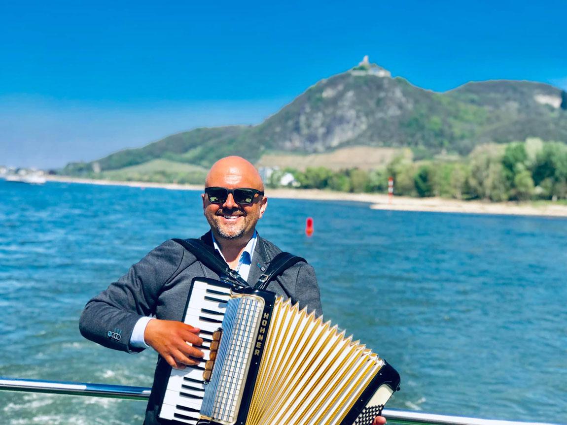 Osterbrunch mit bester Live Musik in Bonn