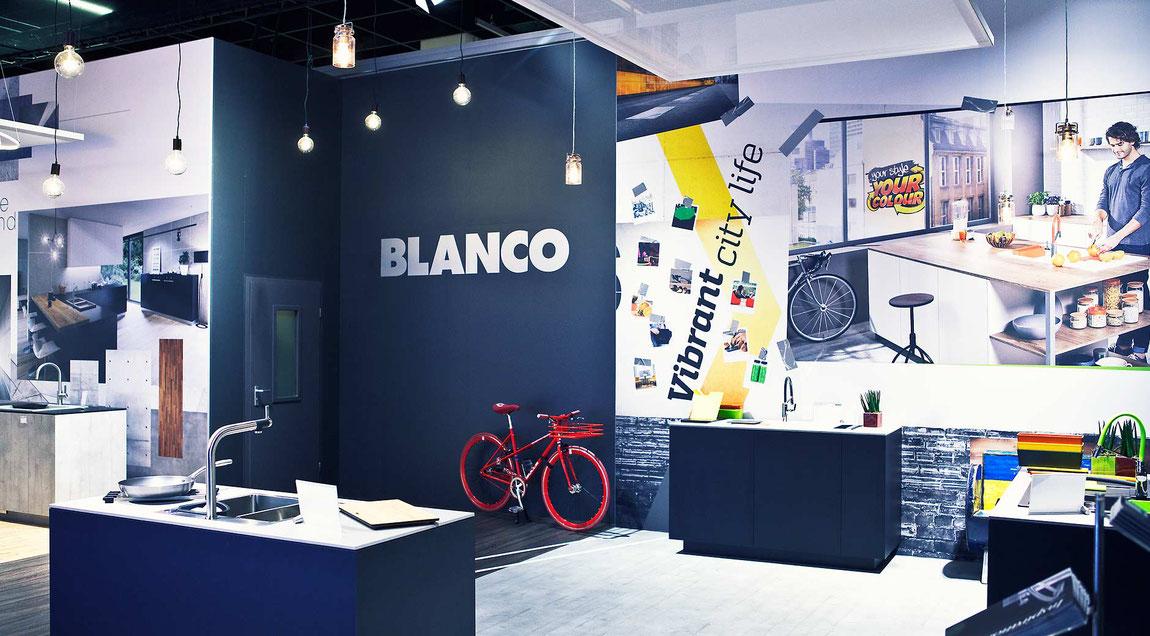 Themen-Messewände für den Messeauftritt der Firma BLANCO auf der IMM 2019.
