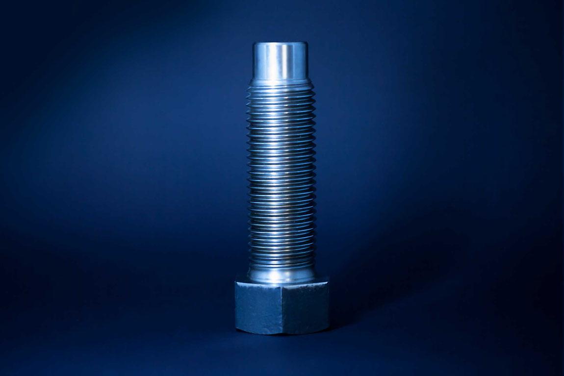 Schraubentechnik Verbindungstechnik Sechskantschraube mit Zapfen