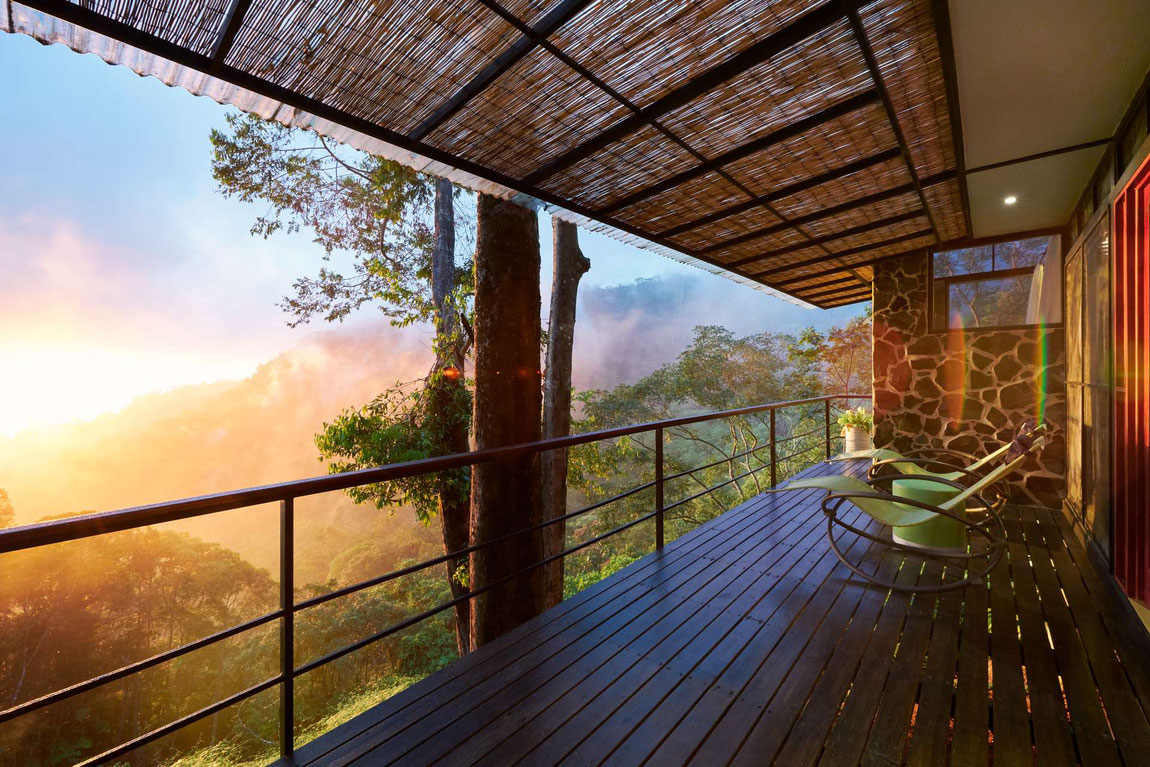 Blick von der Veranda des Baumhauses im Rancho Pacifico Resort