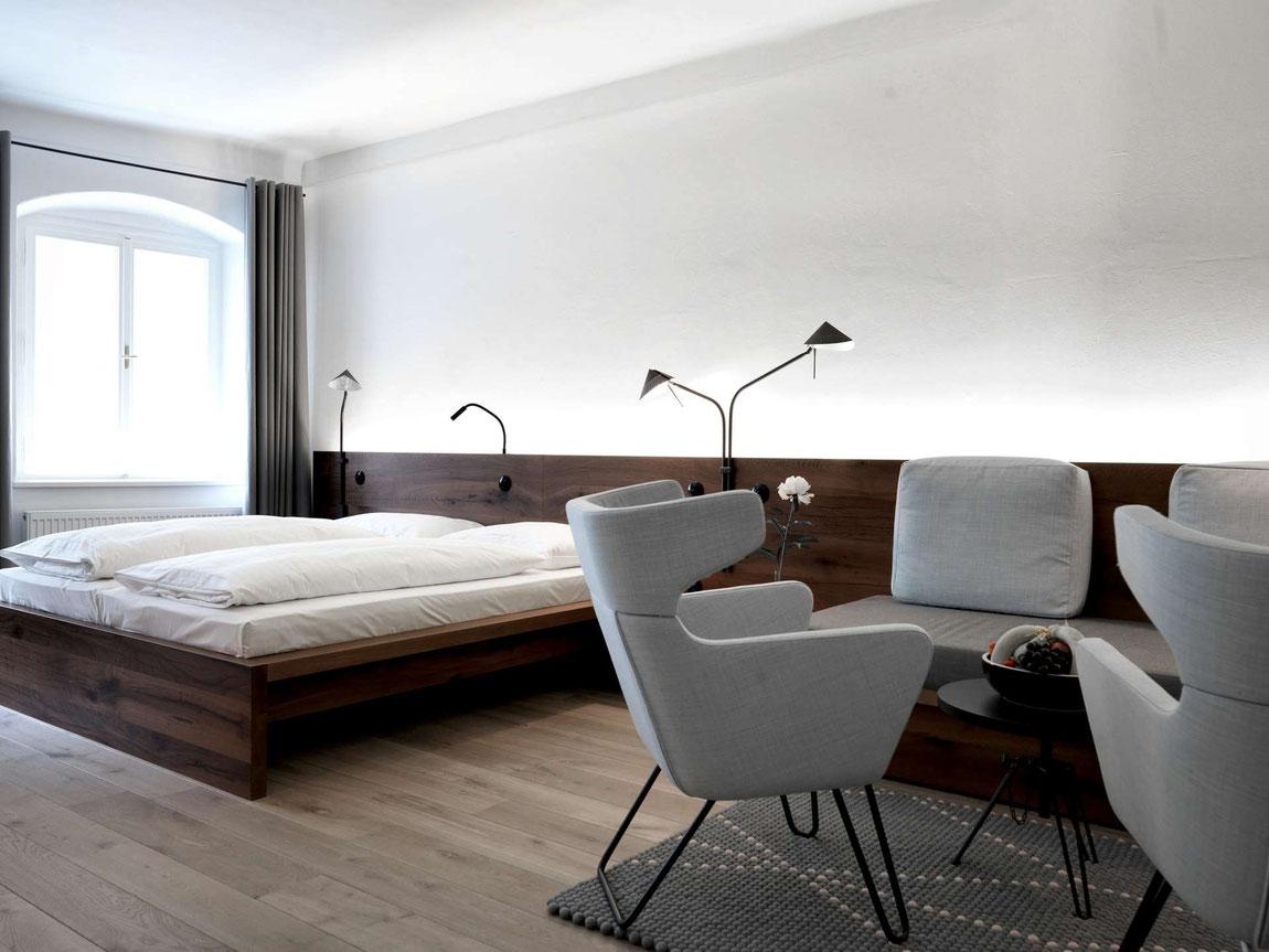 Zimmer im Arthotel Blaue Gans