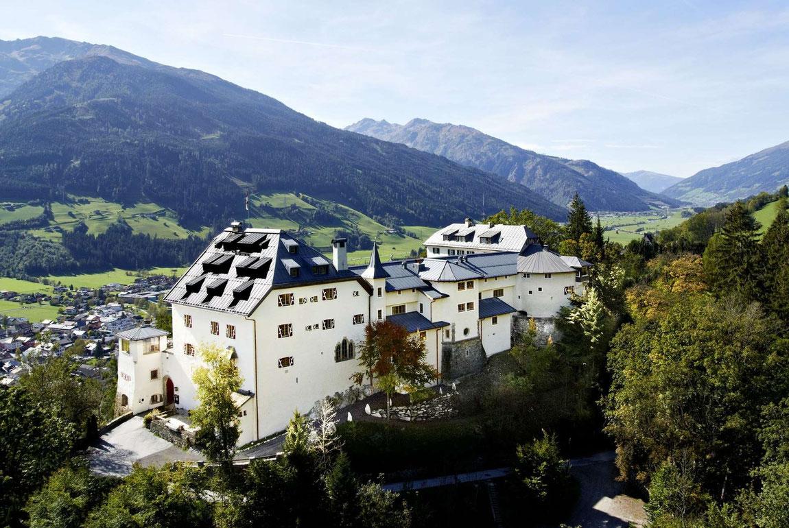 Aussenansicht Schloss Mittersill