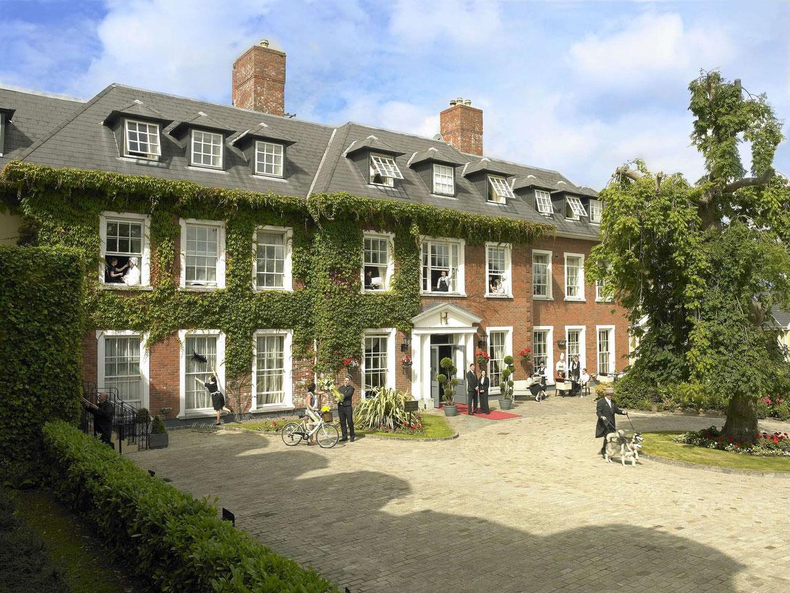 Außenansicht Hayfield Manor