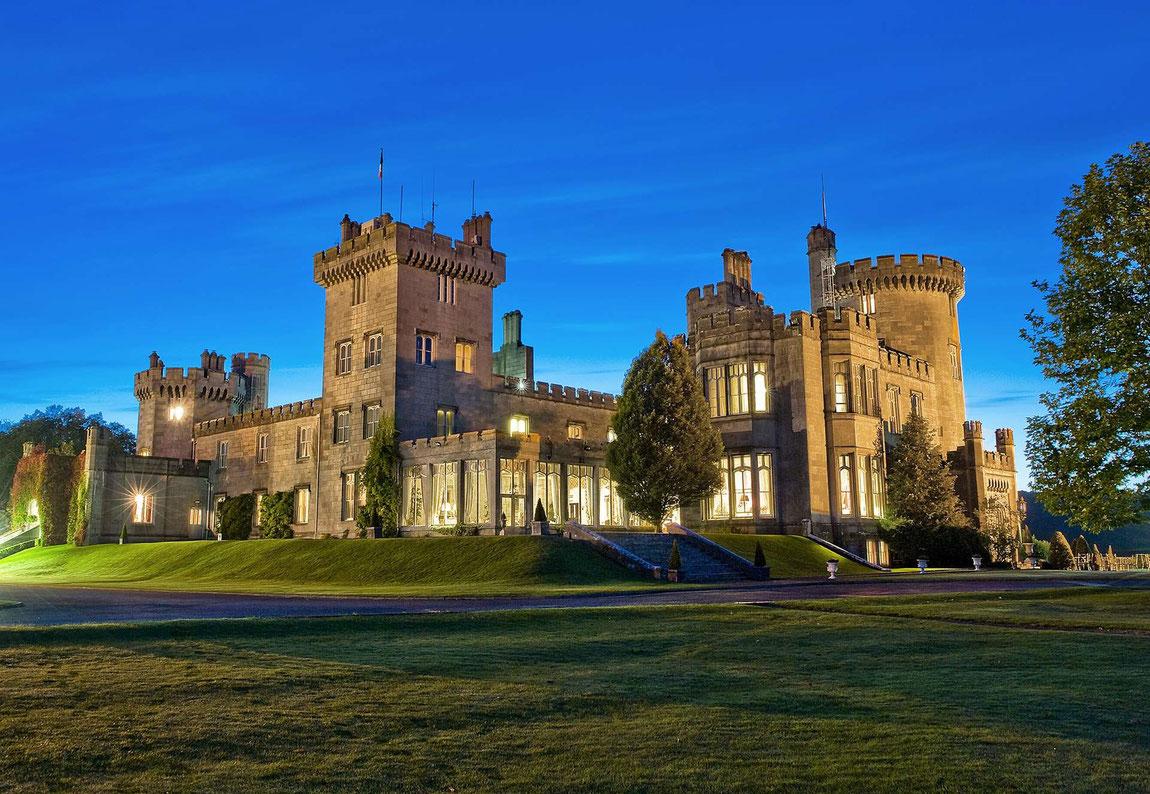 Außenansicht Dromoland Castle im Abendlicht